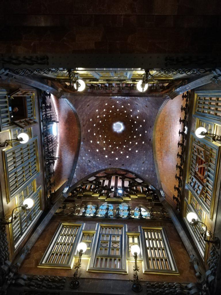 cupola della sala principale, palazzo Güell