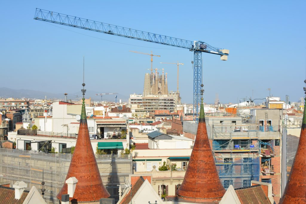 vista della Sagrada Familia (casa de les Punxes)