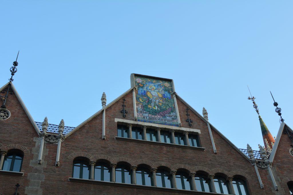 Sant Jordi/San Giorgio, casa de les punxes