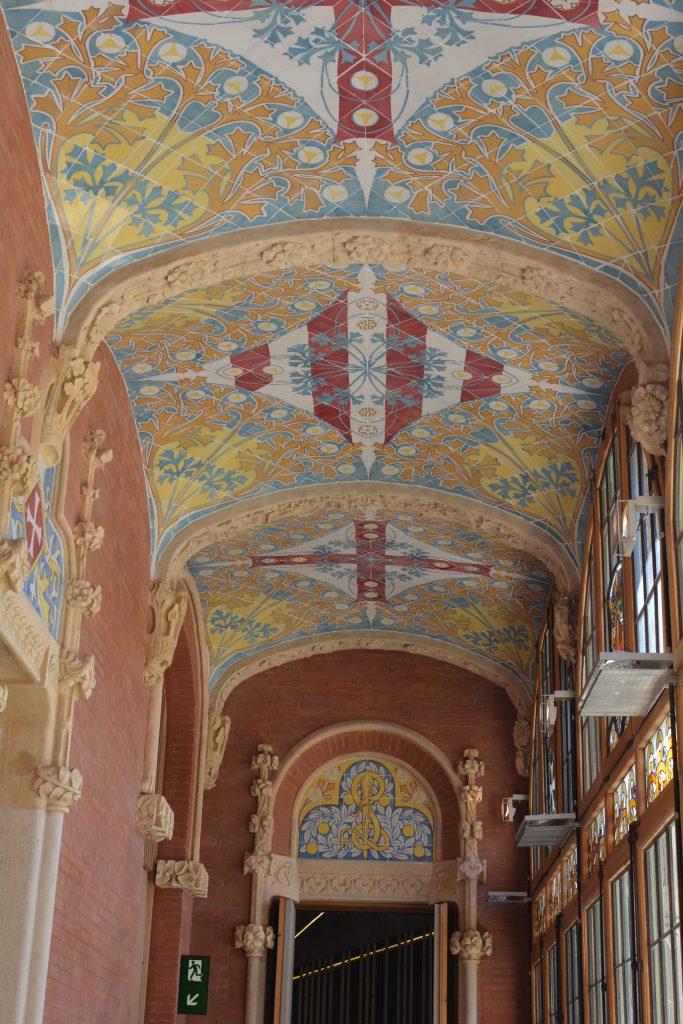 decorazioni nel tetto del padiglione dell'Amministrazione (ospedale di Santa Creu e Santa Pau