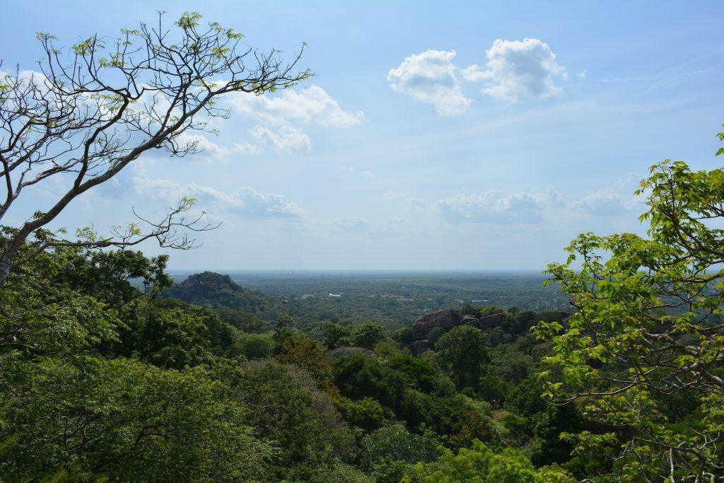 paesaggio circostante a Mihintale