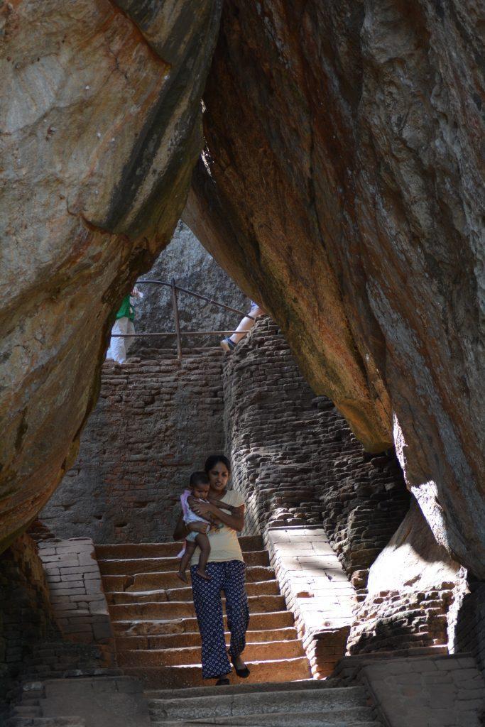 scalinate in mezzo alle rocce, Sigiriya