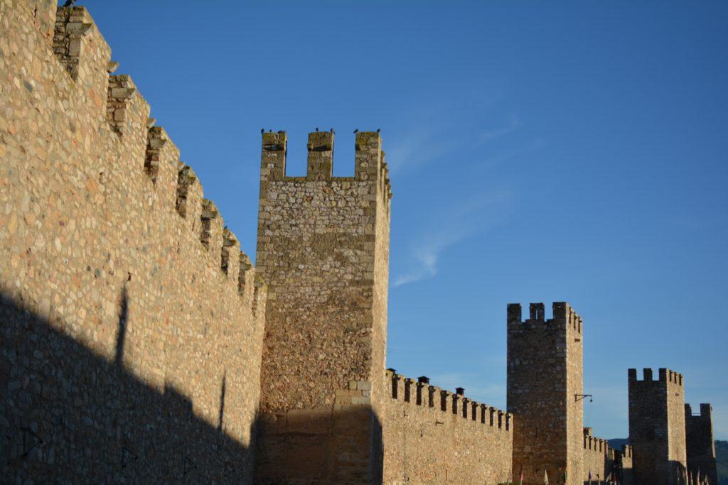 le torri difensive di Montblanc