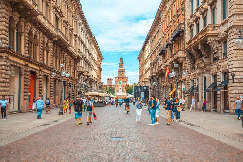 via dante tra i posti più belli di Milano