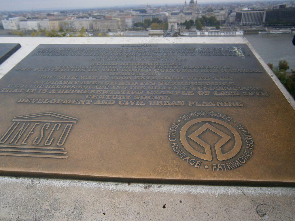 targa dell'UNESCO a Budapest