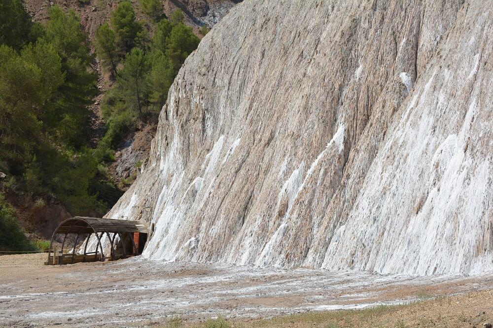esterno della montagna di sale di Cardona